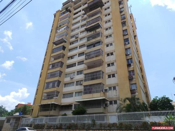 Apartamentos En Alquiler Sonny Bogier * Bs. 300