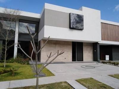Casa En Venta Parque Virreyes En Guadalajara