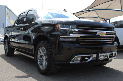 Imagen 1 de 15 de Chevrolet Cheyenne High Country 2019