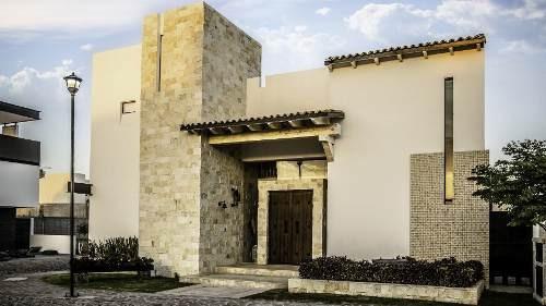 Imagen 1 de 14 de Residencia Con Alberca En La Vista Residencial