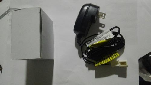 Imagen 1 de 7 de Cargador Para Montable Eléctrico Quat Boxer Feber 12 V