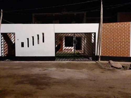 Imagen 1 de 13 de Hospedaje Bungalow Casa De Campo Cerca A Lunahuana (pacarán)