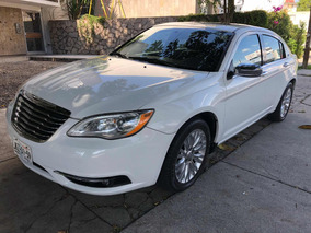 Chrysler 200 3.6 Limited V6 At 2013
