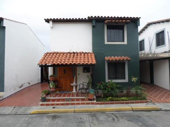 Casa En Venta Intercomunal Cabudare Lara 20-3083