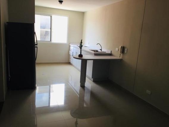 Apartamento En Alquiler Ciudad Roca Barquisimeto 20-22423 Mf