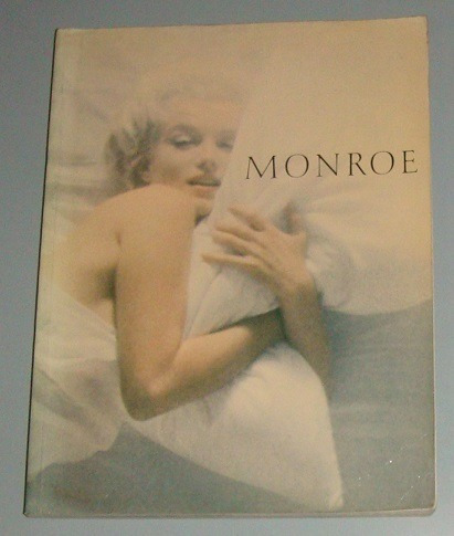Livro Marilyn Monroe - Her Life In Pictures ( Inglês )