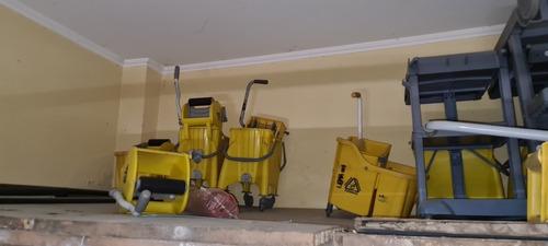 Imagem 1 de 5 de Lote De Equipamentos De Limpeza