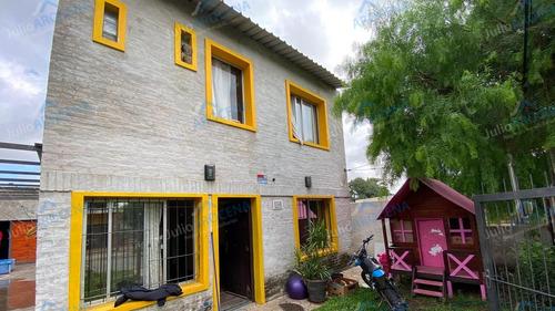 Hermosa Casa A Pocas Cuadras De Rambla Costanera