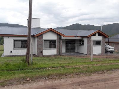 Casa Venta Villa General Belgrano 150mts A Estrenar Gas Nat