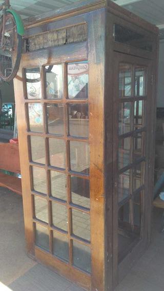 Cabine Telefônica Antiga Madeira