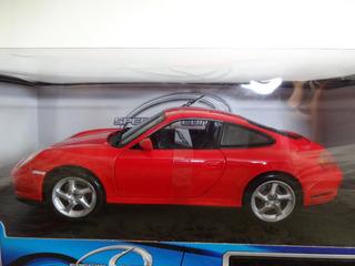 Porsche Carrera 4s 1:18