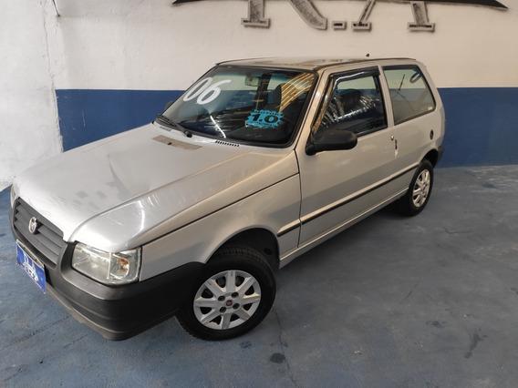 Fiat Uno Mille 2006 - Entrada + 36x 499,00