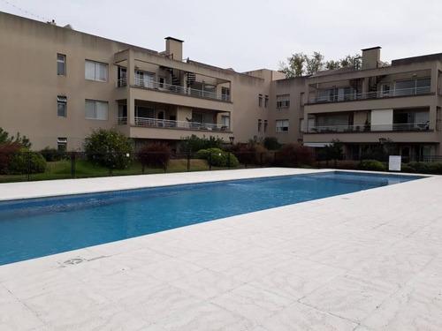 Excelente Departamento En Venta- San Isidro - Amenities Cochera Y Terraza