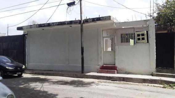 Casa Con Galpon Barata En Barrio Sucre, Maracay Zp20-20713