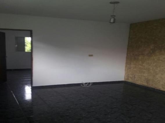 Casa 3 Cômodos - Independente - Novo Horizonte - 10189