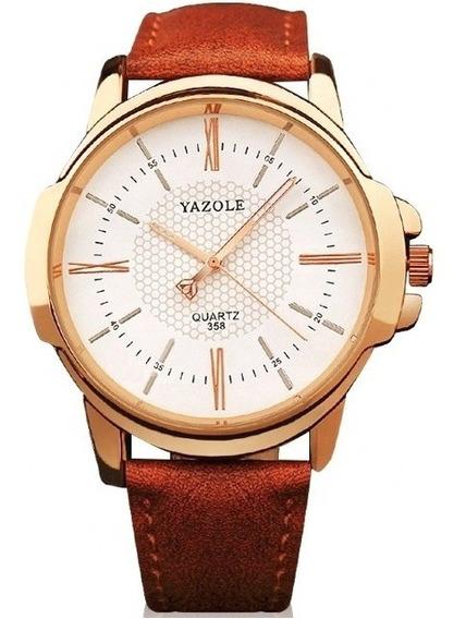 Reloj Para Hombre Grande De Acero Vidrio Fondo Blanco