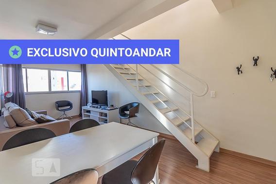 Apartamento No 7º Andar Com 2 Dormitórios E 2 Garagens - Id: 892947488 - 247488