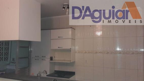 Kitnet Espaçosa Com Um Quarto, Sala E Cozinha, Na Sezefredo, Proximo Da Dicicco - Dg2272