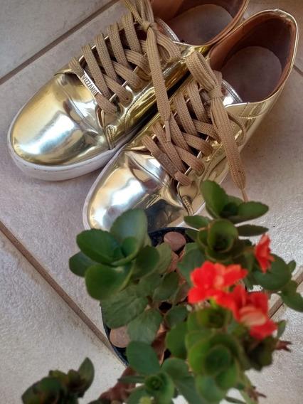 Tênis Dourado Da Marca Vizzano Tamanho 37