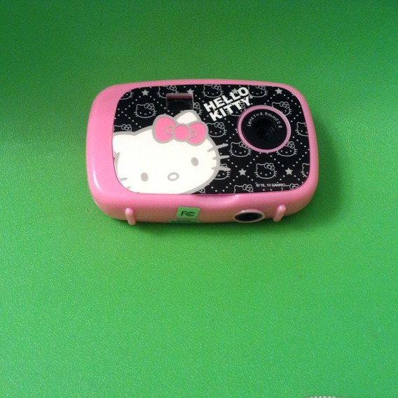 Cámara Digital Hello Kitty Sakar/vivitar Y Accesorios Nueva