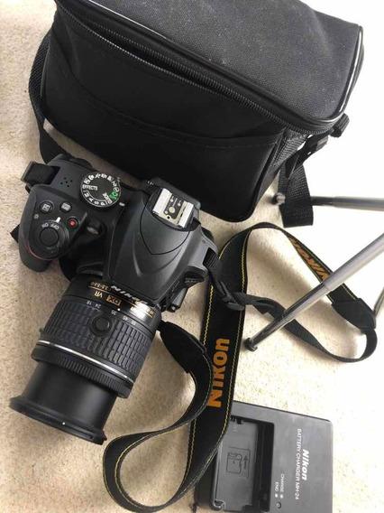 Nikon D3400 Impecável + Lente 18-55 + Tripé + Cartão De Mem