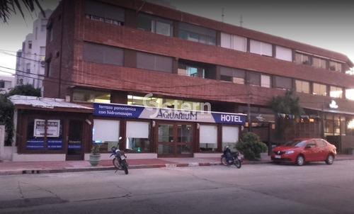 Venta De Hotel, Peninsula, Punta Del Este.- Ref: 1330