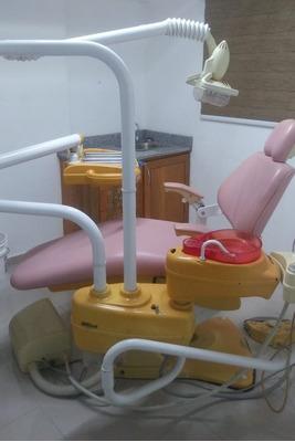Consultorio Dental Con Equipos