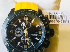 Nautica Cronografo Resina Amarela Fundo Preto N185699g