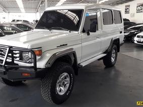 Toyota Macho Rustico