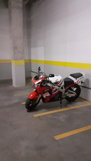 Honda Fireblede