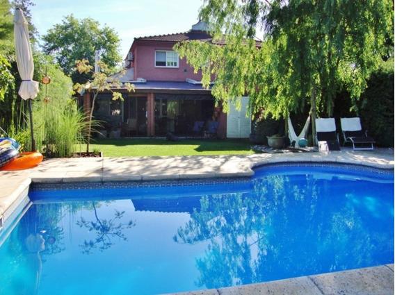 Pilar House, Casa 4 Ambientes Con Jardín Y Pileta