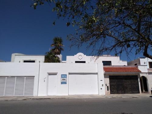 Casa En Venta Sobre Avenida En Montecarlo Altabrisa