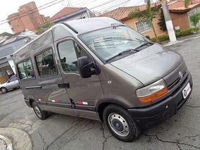 Master 2.5 Dci Minibus L2h2 Executiva 2008 - F7 Veículos
