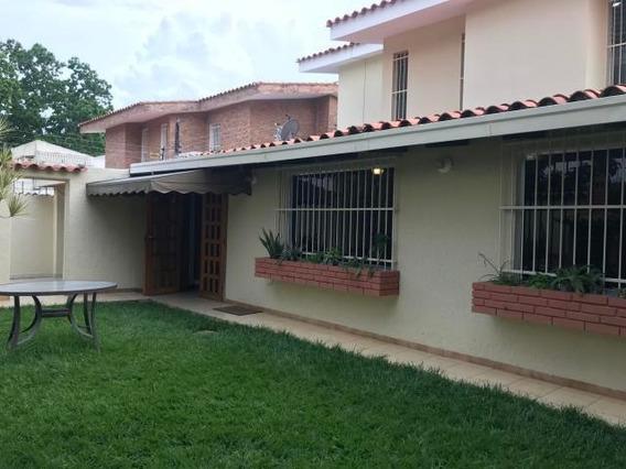 Apartamento En Venta En Trigal Norte Valencia 20-19175 Ajc