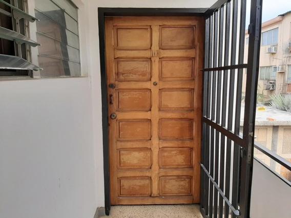 Mls #19-18961 Alquiler Apartamento Tipo Estudio