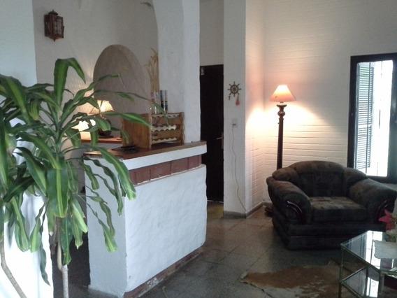 Casa Amplia Y Confortable En Una Solo Planta ,rápido Acceso