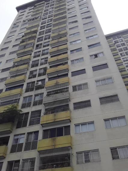 Apartamento En Venta Los Samanes