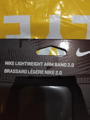 Fe ciega Debilidad Forma del barco  Soporte Nike Para Celular | Mercado Libre