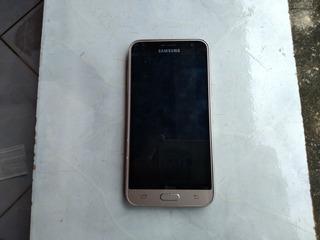 Celular Samsung J3 Só Para Retirar Peças !