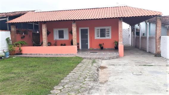 Casa Na Primeira Quadra Com Dois Dormitórios