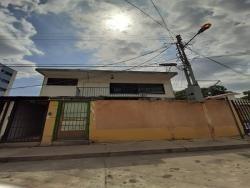 Casa Comercial En Av. Bolivar Norte De Valencia. Wc