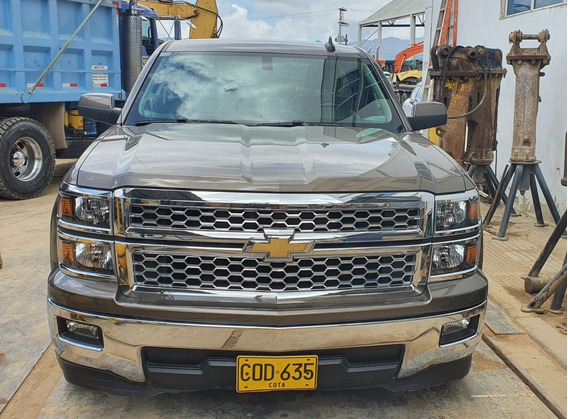 Camioneta Silverado / Modelo 2015 / 40.000km