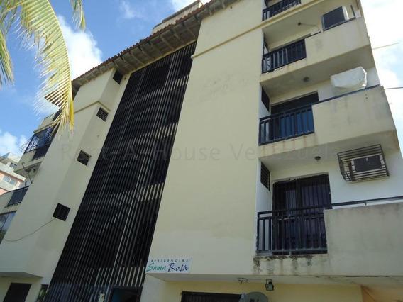 Apartamento En Venta Tucacas 20-8407 Jrp 04166451779