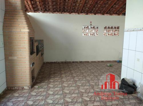 Imagem 1 de 10 de Casa Padrão À Venda Em Taubaté/sp - 1088