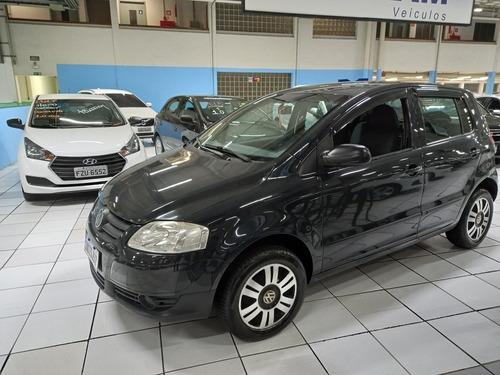 Imagem 1 de 7 de Volkswagen Fox 2006 1.6 Plus Total Flex 5p