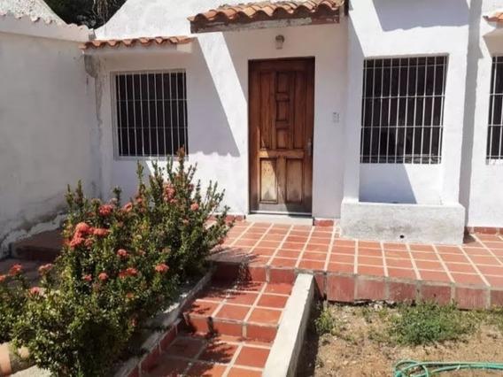 María José Castro Vende Casa En La Trigaleña Valencia