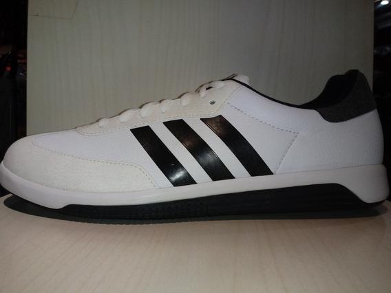 Zapatillas adidas Universal Cuero Blanco