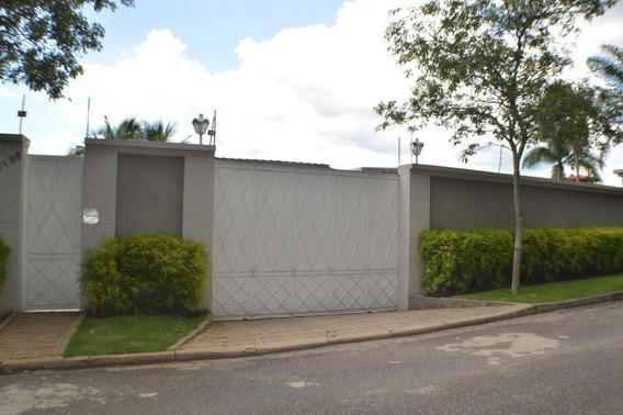 Casa Residencial Em Bragança Paulista - Sp - Ca0121