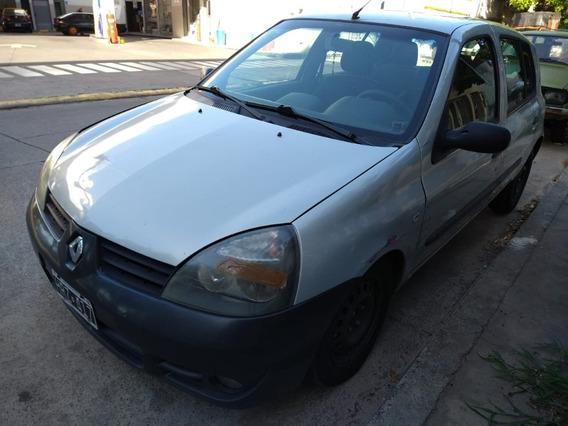 Renault Clio 1.2 $235.000 Precio Charlable