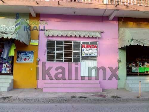 Local Comercial Tuxpan Veracruz. Ubicados En La Calle Colombia #5 Locales A Y C En El Centro De La Ciudad, La Cual Es Una Calle Muy Transitada, Cuentan Con Los Servicios Públicos De Agua Potable, Dre